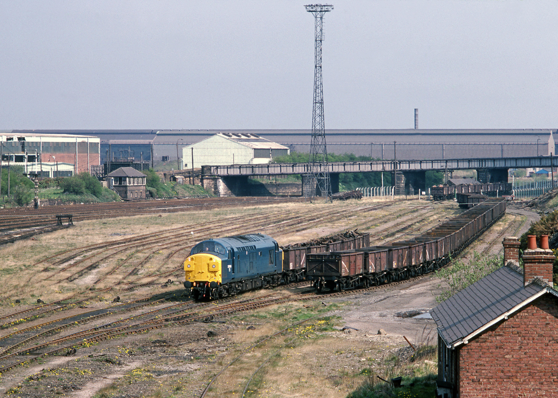 37094 at Consett Low Yard (10 May 1982) Stephen McGahon