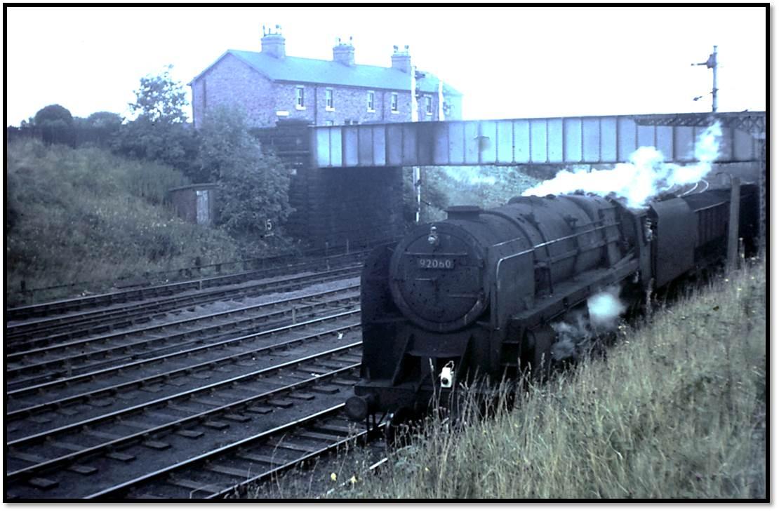 Tyne Dock 9F 92060 avoids the incline at Pelaw Junction on Thursday September 8, 1966.