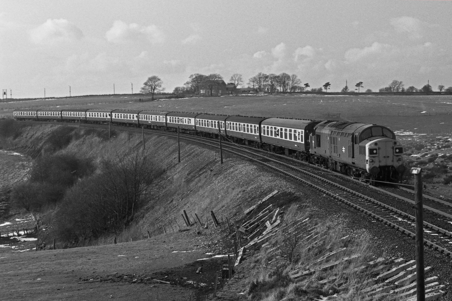 Tyne-Tees Ltd. Brooms curve,Leadgate 22-3-80 37 114