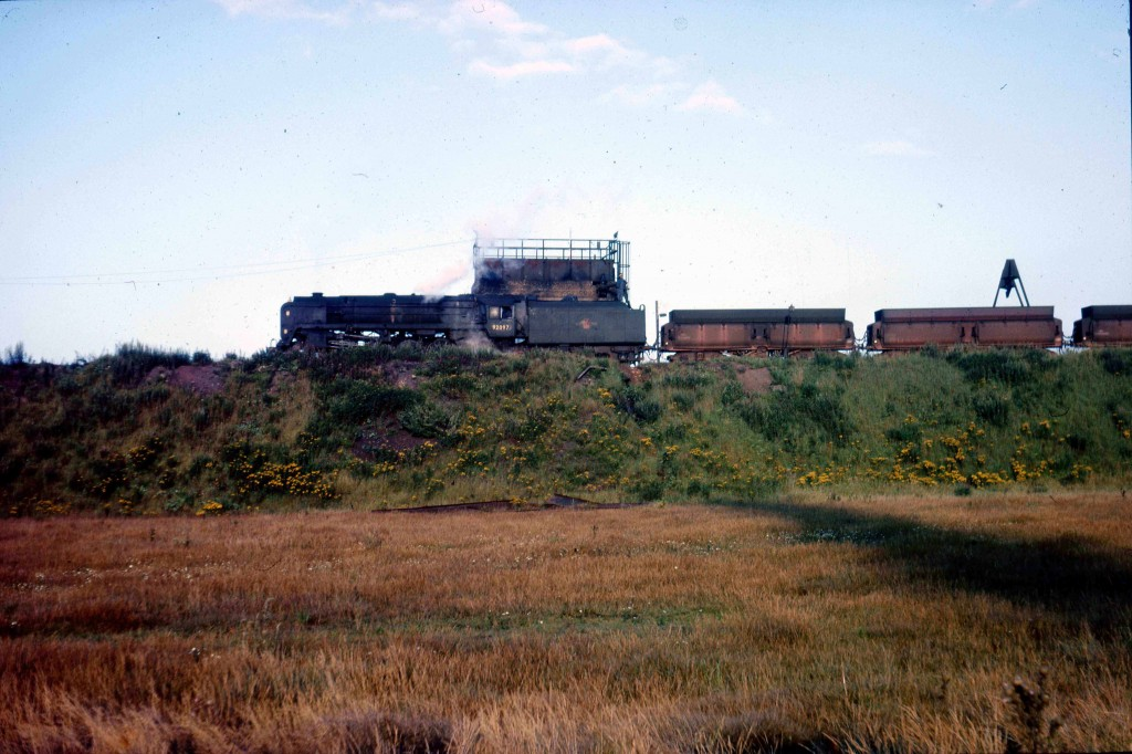 al_CONSETT_92097_on_Iron_Ore_train22aug65