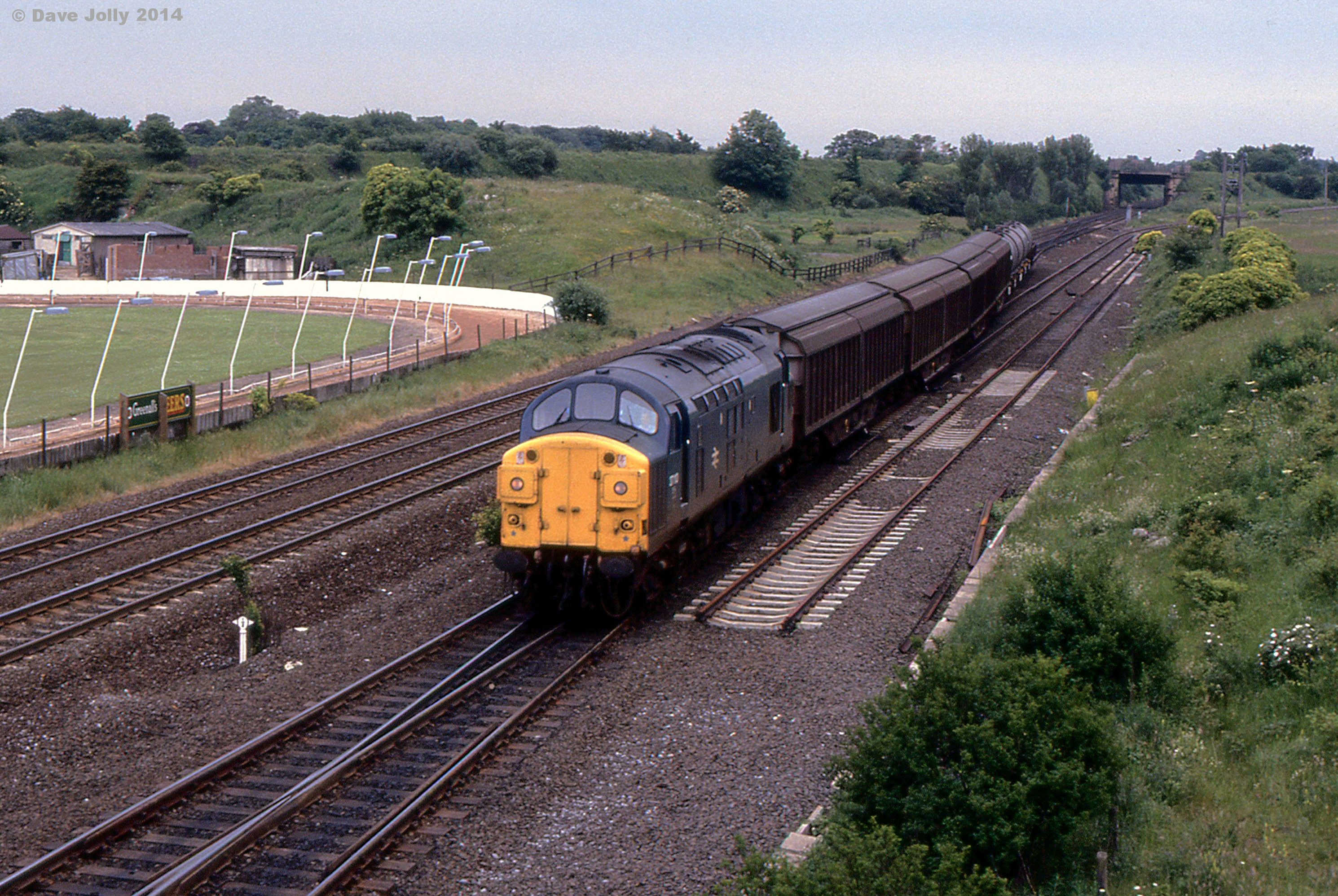 37110 at Ouston Junction with 6N64 Speedlink from Immingham to Tyne Yard 02071985. Photo Copyright Dave Jolly