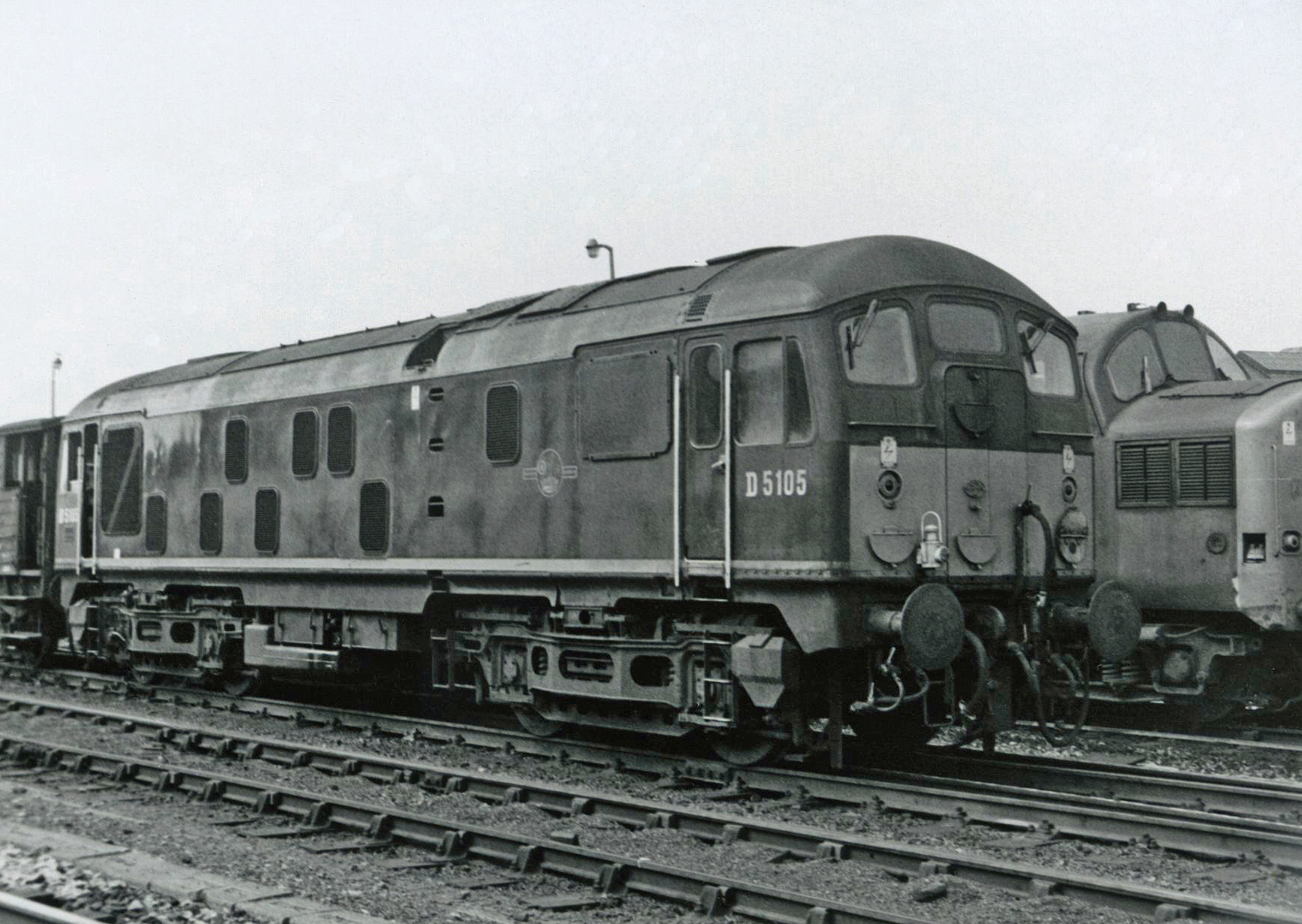 D5105 at Gateshead on 6 August 1967.