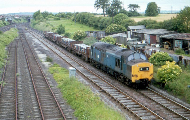 Unidentified Class 37 on steel train leaving South Pelaw Junction heading for Ouston Junction