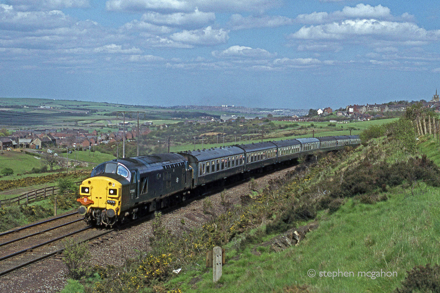 The County Durham Crusader passes Oxhill on 19 May 1979 heading towards Consett. Photo copyright Stephen McGahon