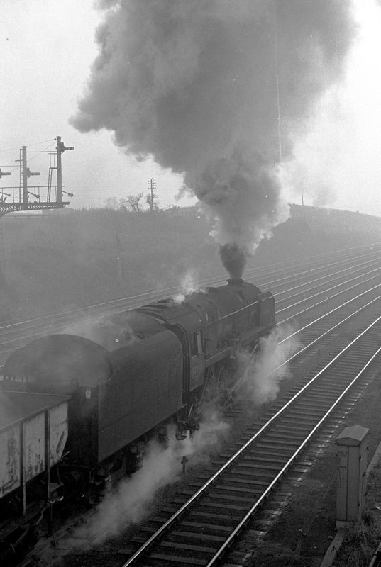 92065 (Class 9F) on coal train at South Pelaw Junction 4 (1963)