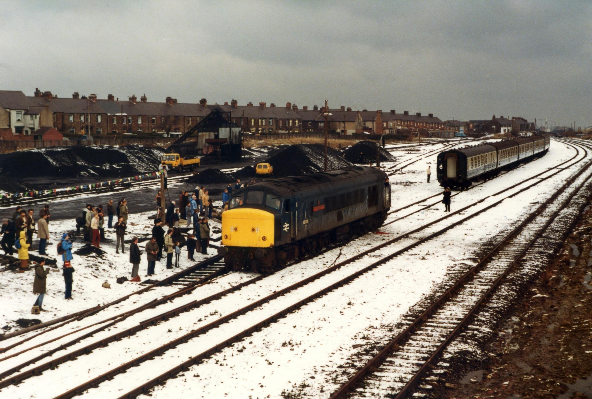 Last train at Consett 4