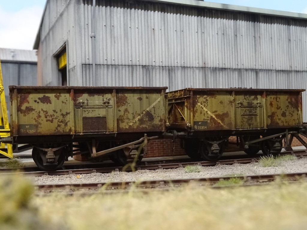 Detailed and weathered Bachmann 16T wagons