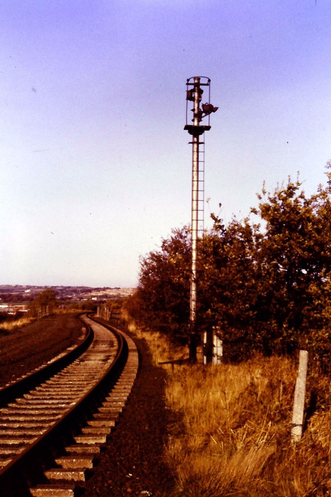 Signal post at Washington in October 1983. Photo copyright Colin Alexander